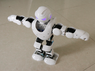 会跳舞的阿尔法机器人
