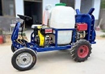 果哈哈G5四轮自走式果园喷雾机