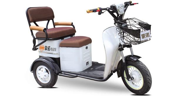 老年电动三轮车